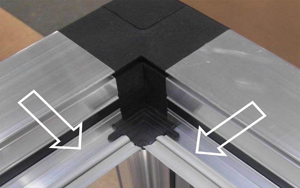 монтаж уплотнителя g002 на рера профиля